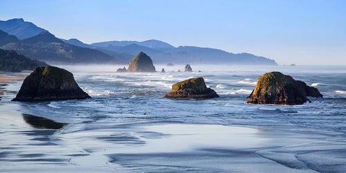 Broom, Michael 아티스트의 Cannon Beach 작품